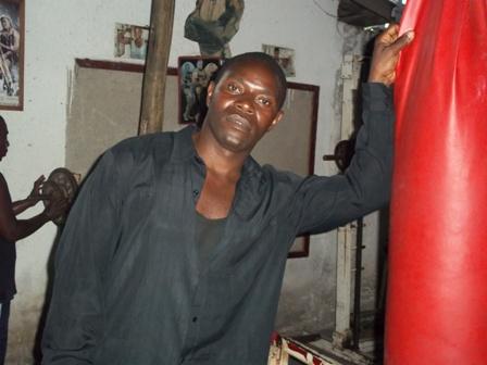 Kiza_kinene_na_boksa