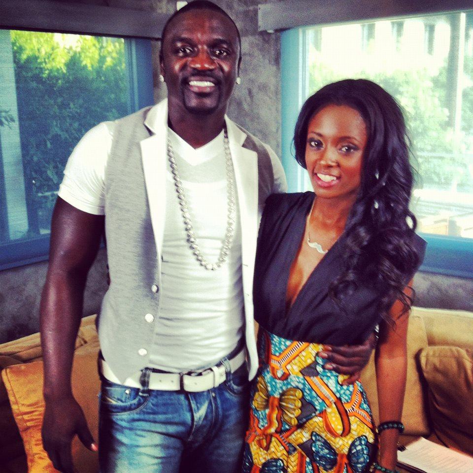Vee akiwa na Akon