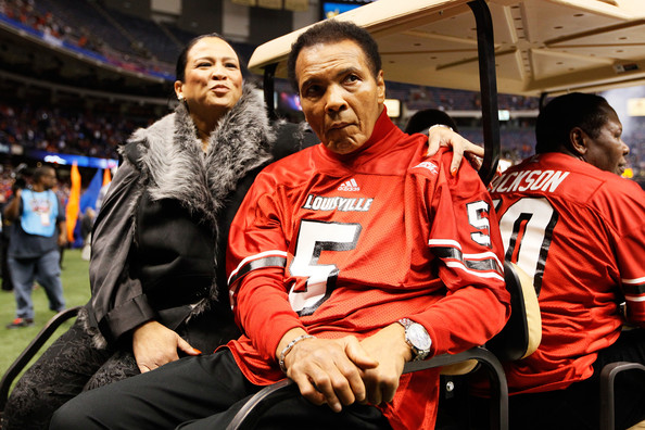 Muhammad+Ali+Allstate+Sugar+Bowl+Louisville+CBiITQYVpm6l