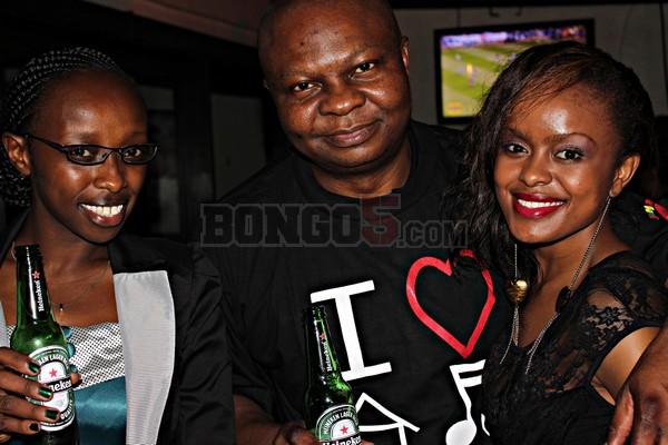 Meneja wa Heineken Tanzania, Uche Unigwe (katikati) akiwa pamoja na Avril