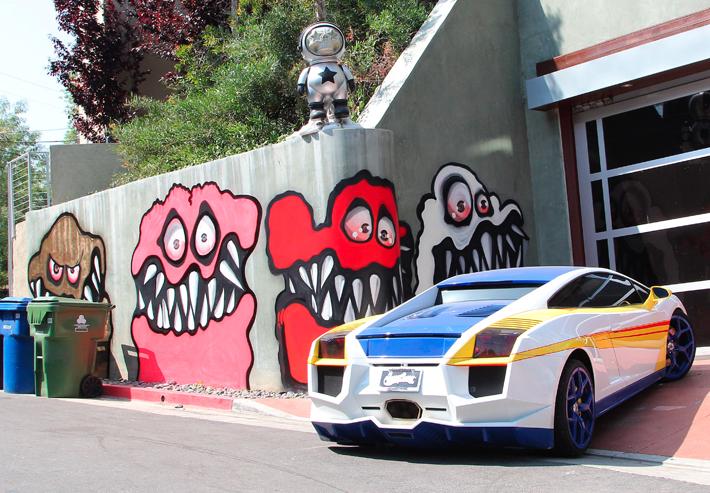 Neighbors complain! Chris Brown paints graffiti on his house