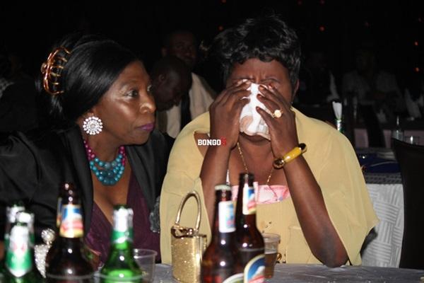 Mama Kanumba akilia machozi baada ya kukutana na Wema