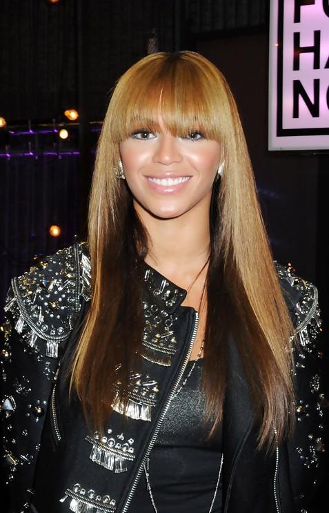 Photo of Beyonce azungumzia sababu za kuachia nyimbo 14 na video 17 siku moja, pia fahamu' facts' 5 kuhusu albam hiyo