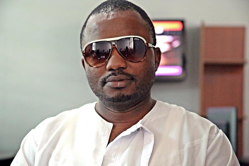 Video: Issa Kamongo (Five Stars Modern Taarab) - Penzi la Kimataifa -  Bongo5.com