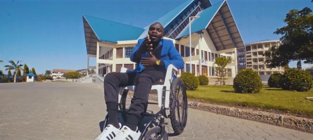 Photo of Video: Abeid Makarabo –  Niponye