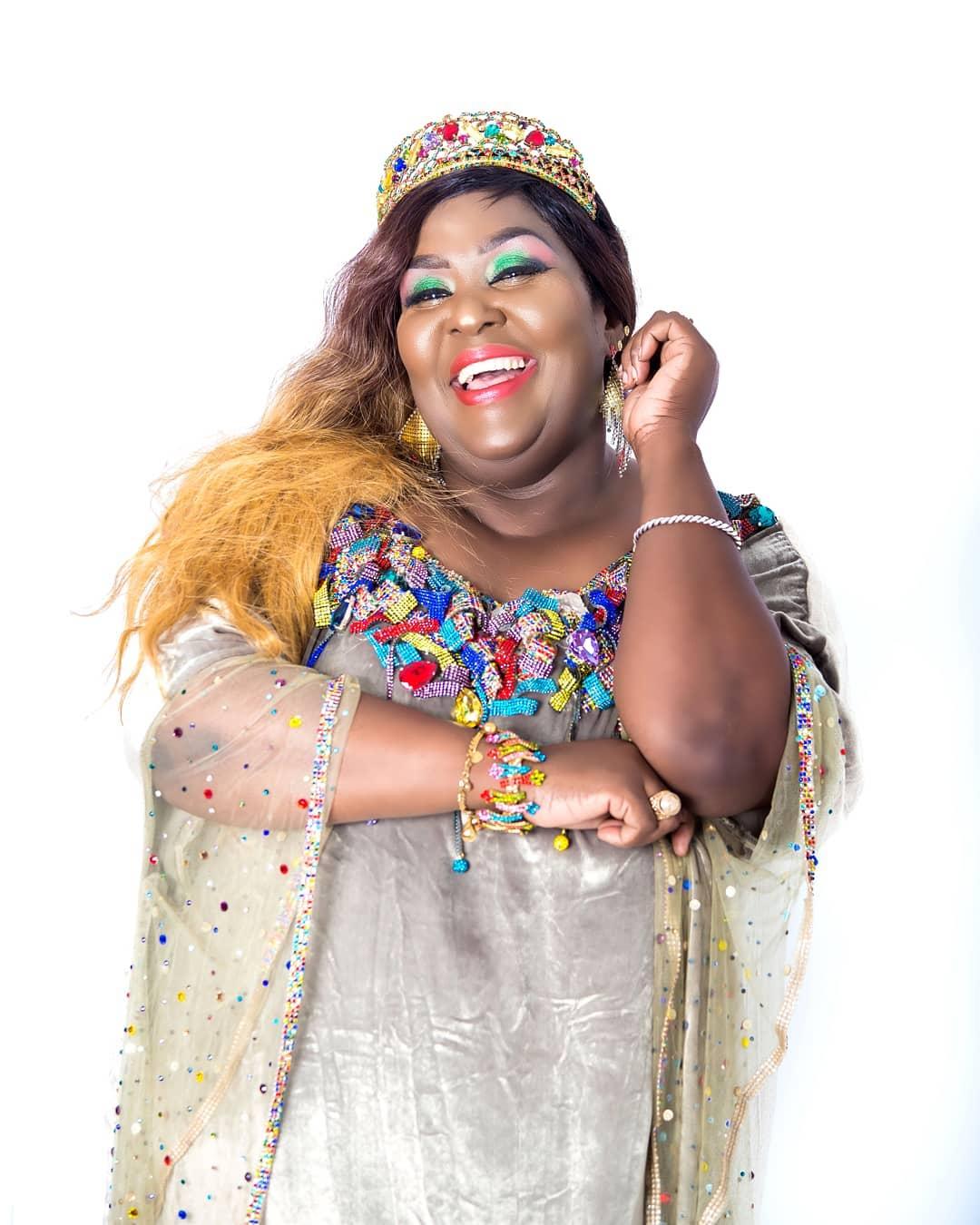 Khadija Kopa avifumbia macho vibeniten, kisa? - Bongo5.com
