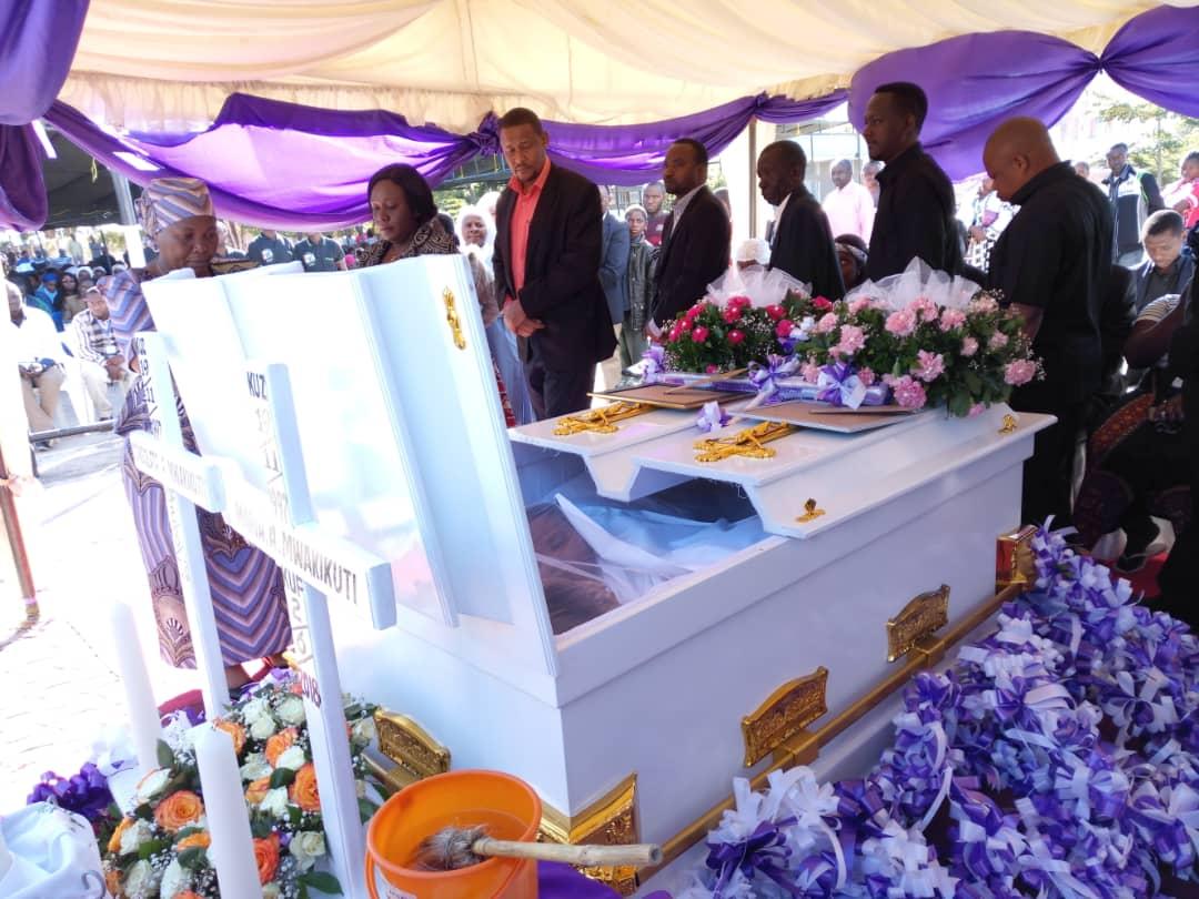 Picha: Yaliyojiri katika ibada ya kuwaaga Maria na Consolata