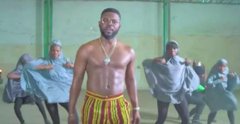 Menejimenti ya rapa Falz yawajibu waislamu wanaotaka afute video ya wimbo wake wa 'This is Nigeria'