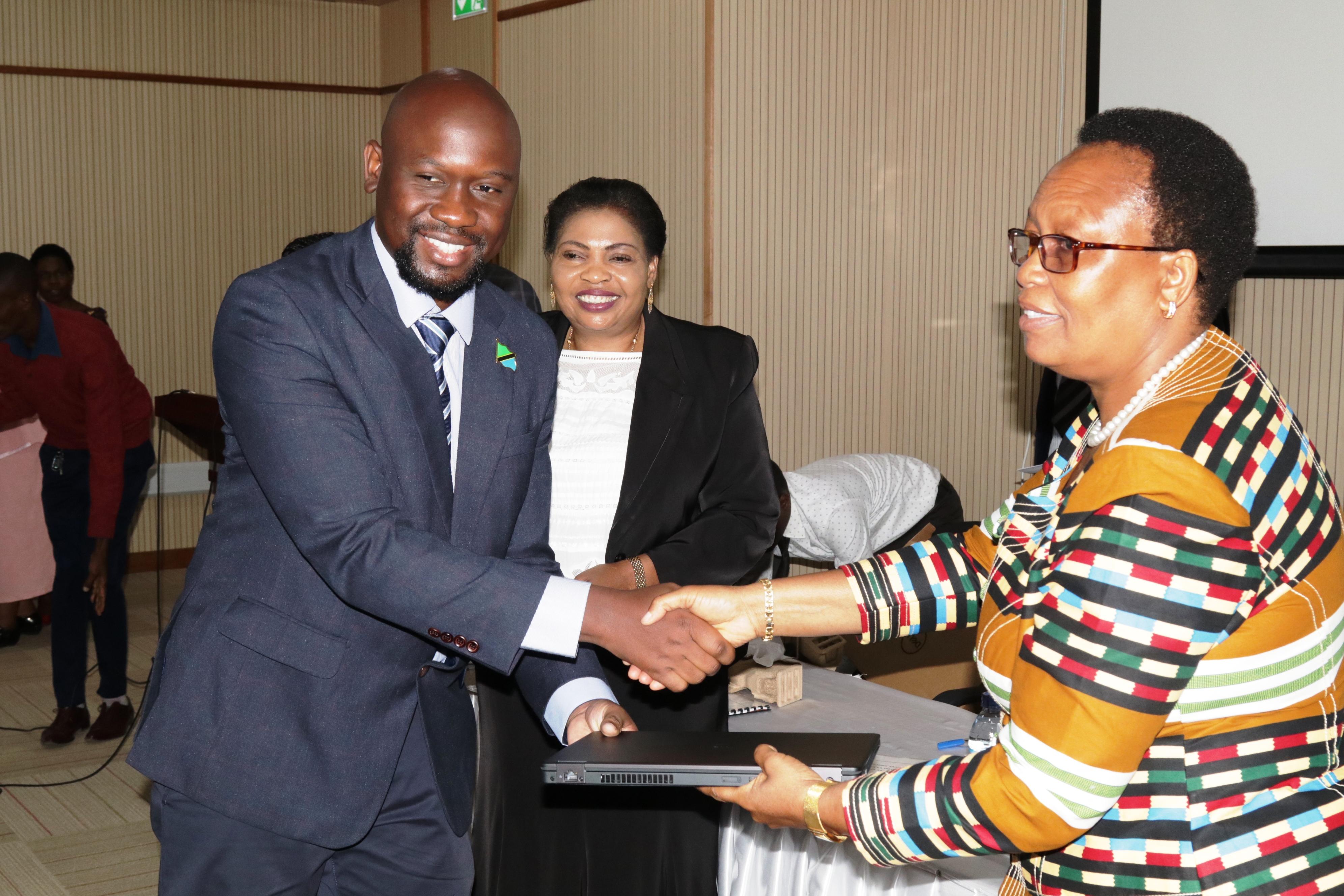 Photo of NBS yashusha neema hii kwa watendaji wake