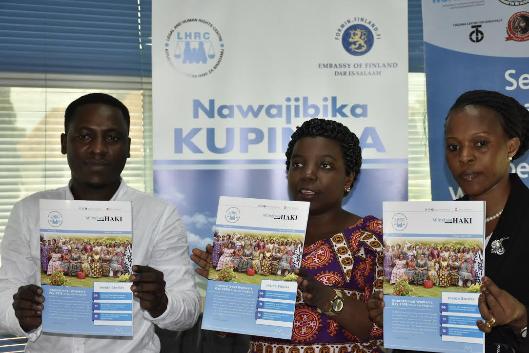 Photo of LHRC yazindua kitabu cha uhuru wa kujieleza na kukusanyika Tanzania