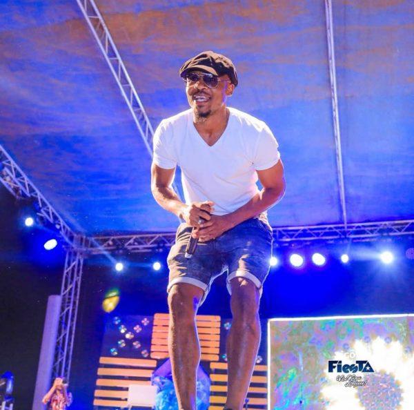 Mr Blue aibua shangwe Tigo Fiesta Tanga baada ya kumpandisha Alikiba