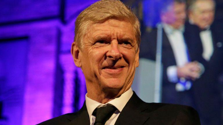Wenger atangaza vita kurudi tena mzigoni, Asema anarejea mwezi January