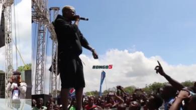Photo of Video: Harmonize aongea Kimakonde jukwaani, mashabiki wamuunga mkono