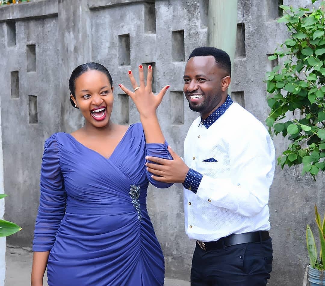 Nikki wa Pili amvisha pete ya uchumba mpenzi wake wa muda mrefu (+picha)
