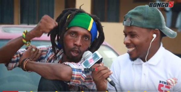 Daz Baba awacharukia wasanii wanao-copy na kuimba kwa kufanana (+ Video)
