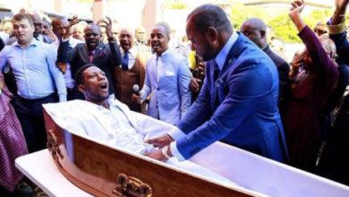 Photo of VIDEO INATISHA: Mchungaji amfufua marehemu aliyepelekwa kanisani kwa ajili ya ibada ya mwisho