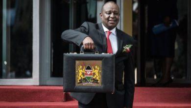 Photo of Waziri wa fedha Kenya Henry Rotich akamatwa baada ya kujisalimisha kuhusu tuhuma za ufisadi