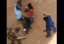 Photo of Polisi Wanne Kenya wasimamishwa kazi kwa kumpiga mwanafunzi wa Chuo kikuu cha Jomo Kenytta – Video