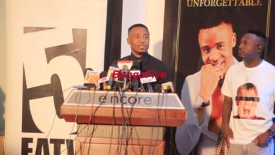 """Photo of Alikiba atangaza balaa, atambulisha """"Alikiba Unforgettable"""" na msanii mpya wa Kings Music (Video)"""