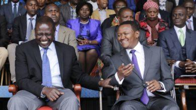 """Photo of Gavana Mutua afika kituo cha polisi kwa madai ya kutishiwa maisha na William Ruto """"Alinishika mkono kwa nguvu akanambia nitakugonga""""- Video"""