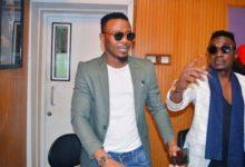 Photo of Killy wa Kings music atoboa siri jinsi wanavyoishi na boss wao Alikiba wakiwa nyumbani  -Video