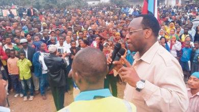 Photo of Wananchi wa Hai wadai walioleta vurugu kwenye mkutano wa Mbowe sio wakazi wa hapo na wao hawawafahamu – Video