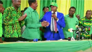 Photo of Aliyekuwa Mbunge wa Arumeru Mashariki Nassari CHADEMA,  ajiunga CCM amshukuru Magufuli  (+Video)