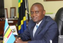 Photo of Mrisho Gambo: Kazi ya kugombea ni kazi moja na kazi ya kuteuliwa ni kazi nyingine ntaenda kuomba kura kwa wajumbe  (+Video)