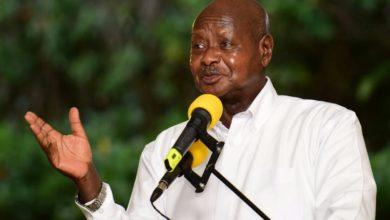 Photo of Rais wa Uganda Yoweri Museveni atangaza maombi kwa ajili ya corona
