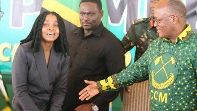Photo of Zuchu: Thamani yangu ilipanda baada ya kukutana na Rais Magufuli, Nililia sana akanitunza hela (+Video)