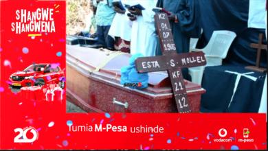 Photo of Mazishi ya mwana kijiji aliyeuwawa kwa kushambuliwa na tembo (Video)
