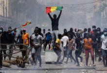 Photo of Vituo viwili vya habari Senegal vyafungwa kisa kuonyesha maandamano  (+ Video)