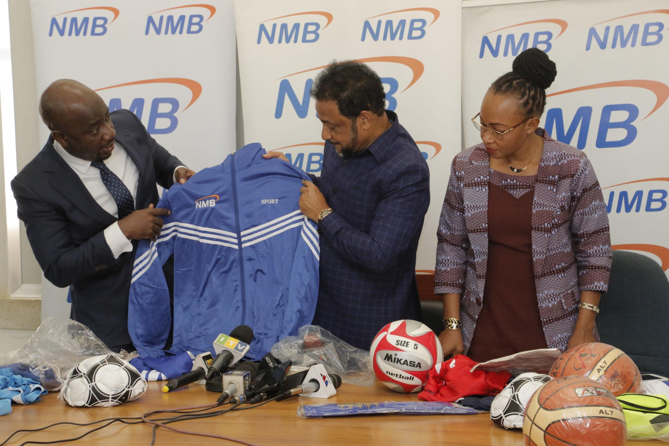 NMB yaikabidhi bunge vifaa vya michezo kwa tamasha la kivumbi na jasho jumamosi